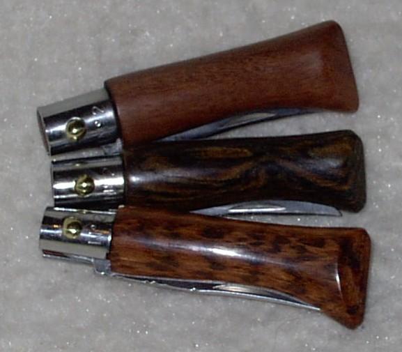 Trois Opinel customs N°2 en bois exotiques